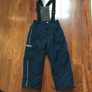 The Childrens Place Bib Snow Pants Size 6 NWT.